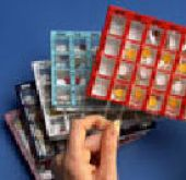 Dosett MAXI, Medikamenten Wochenplaner, rot