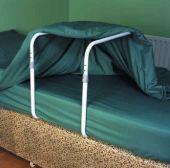 Schwebegerüst für das Bett