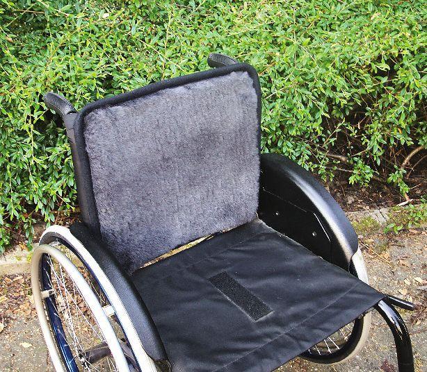 Rollstuhl Rückenauflage mit med. Schaffellbezug